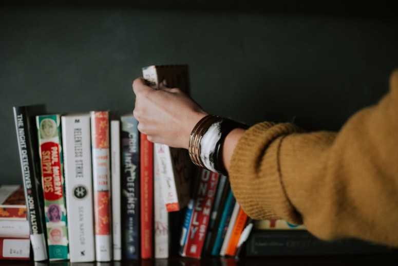 6 Must-Read Books to Help Keep Your Life's Battles in Perspective